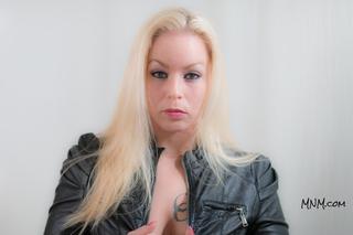 Voluptuous Tattooed Model Photo Shoot