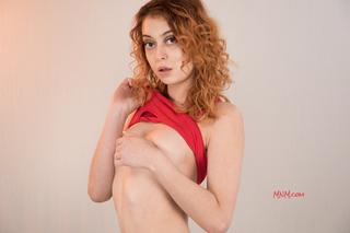 Luna Mae Modeling Nude